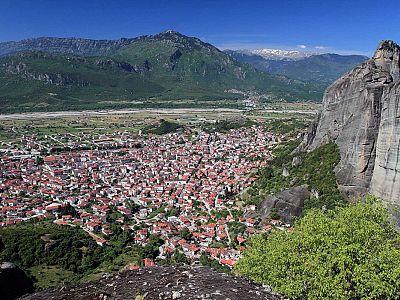 Вид на Каламбаку из монастыря