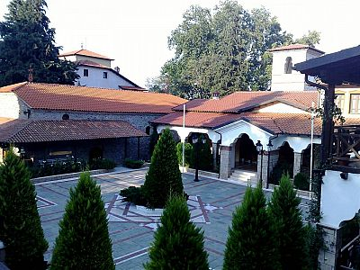 Древний монастырь Богородицы Довра