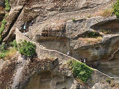 Ступени, ведущие в монастырь Святого Стефана