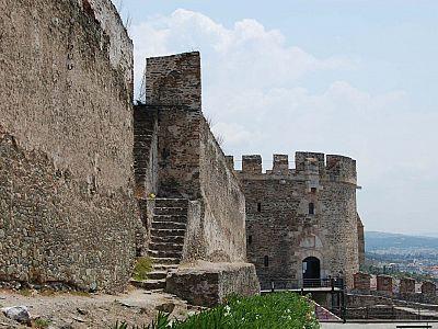 Византийские крепостные стены в Верхнем Городе