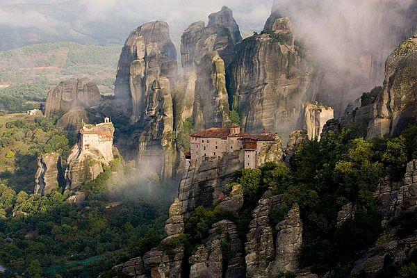 МЕТЕОРА <br><small>наскальные монастыри</small>